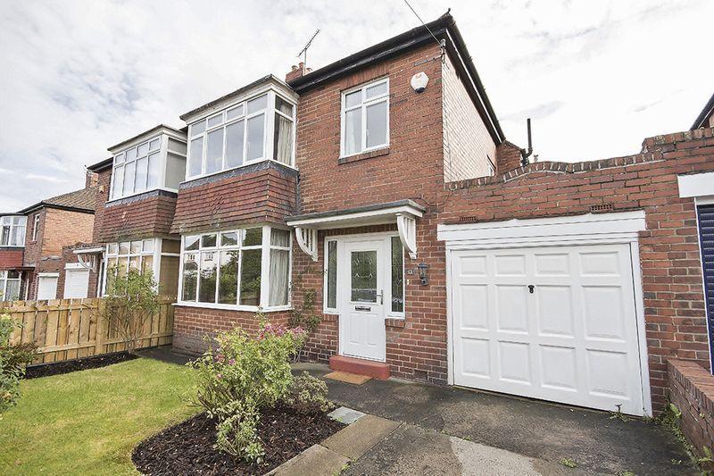 3 Bedrooms Semi Detached House for sale in The Ridgeway, Kenton