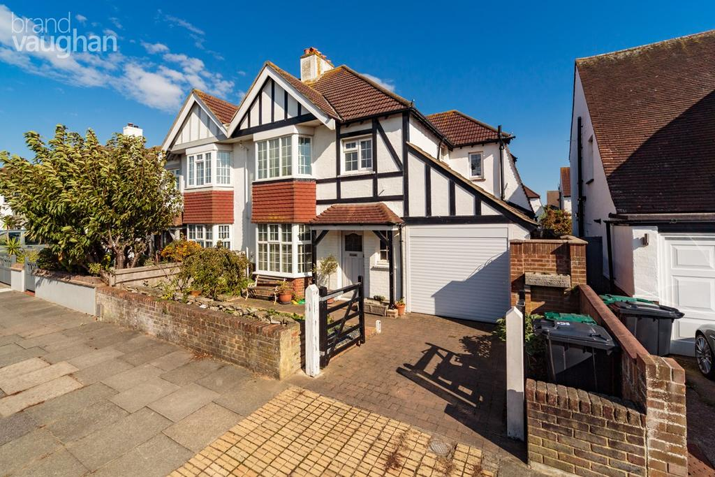 3 Bedrooms Semi Detached House for sale in St Keyna Avenue, Hove, BN3