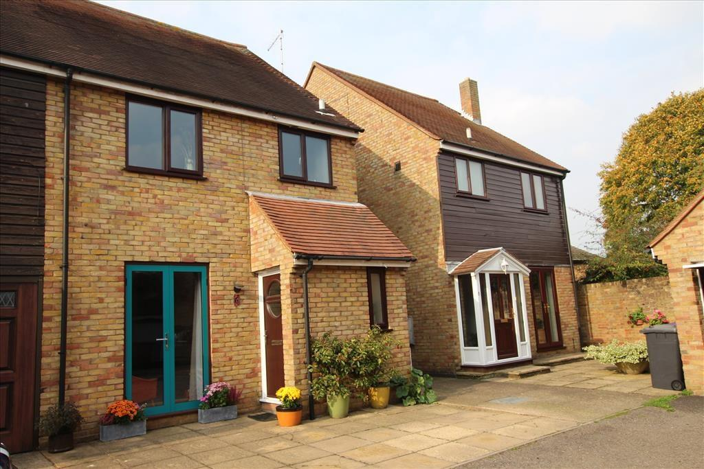 3 Bedrooms Semi Detached House for sale in Bacons Yard, Ashwell, Baldock, SG7