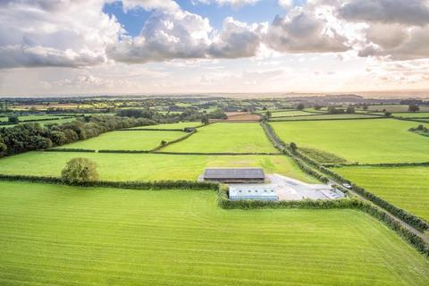 2 bedroom barn for sale - Thrupe, Nr Wells