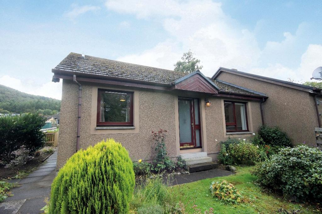 2 Bedrooms Bungalow for sale in Stell Park, Birnam, Perthshire , PH8 0QA