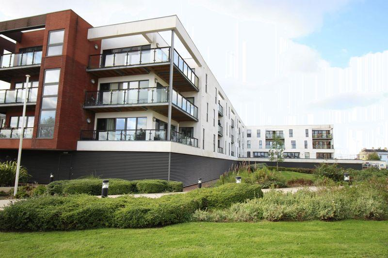 2 Bedrooms Apartment Flat for sale in Usk Way, Newport
