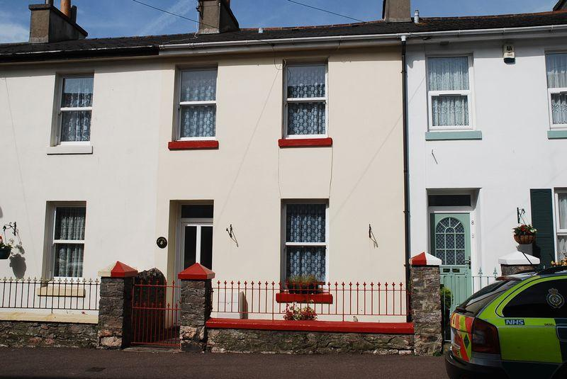 2 Bedrooms Terraced House for sale in Portland Road, Torquay