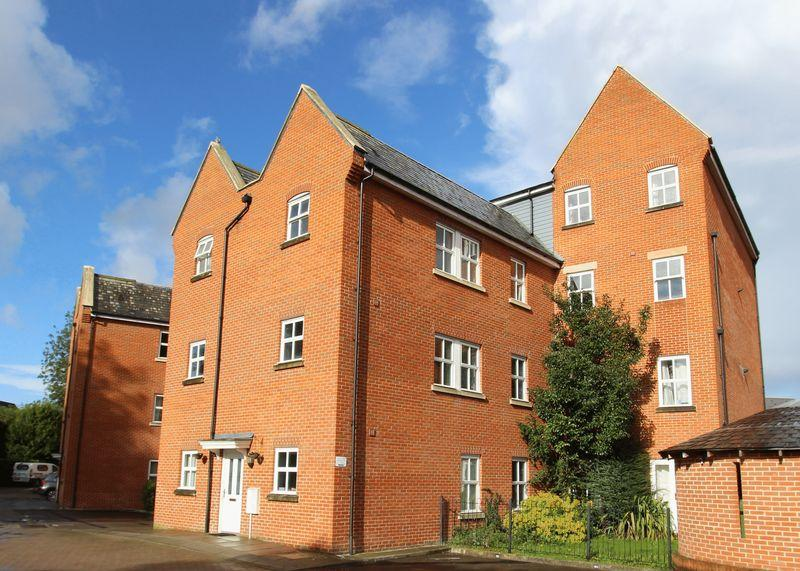 2 Bedrooms Apartment Flat for sale in Mill Street, Wantage