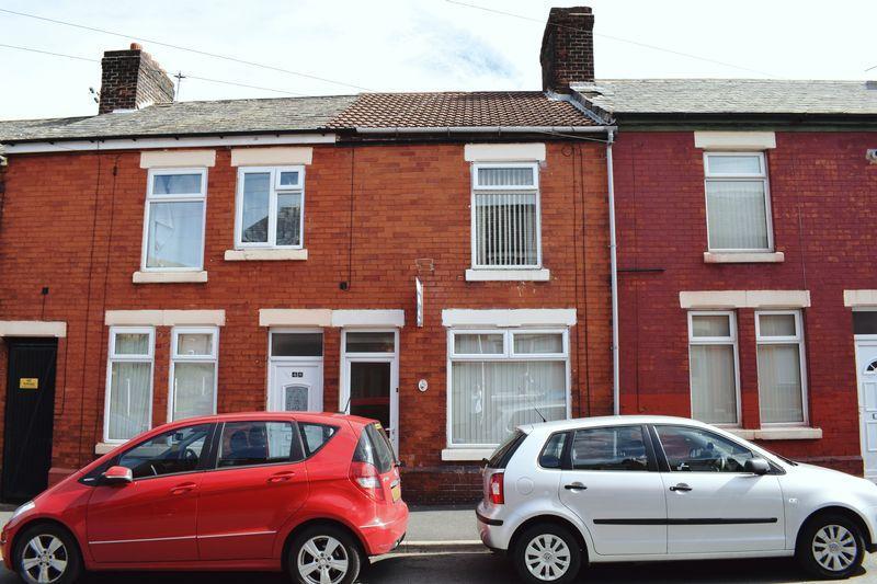 2 Bedrooms Terraced House for sale in Balfour Street, Runcorn