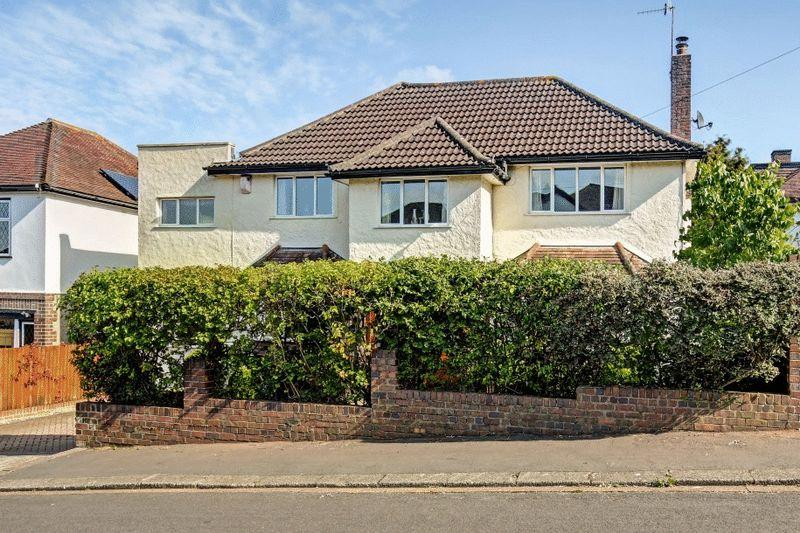 4 Bedrooms Detached House for sale in Birbeck Road, Stoke Bishop