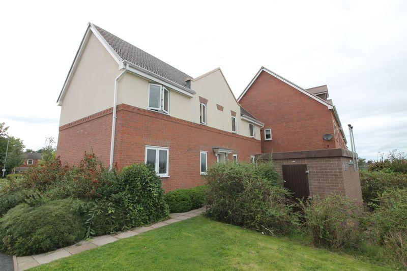 2 Bedrooms Apartment Flat for sale in Station Road, The Humbers, Donnington, Telford