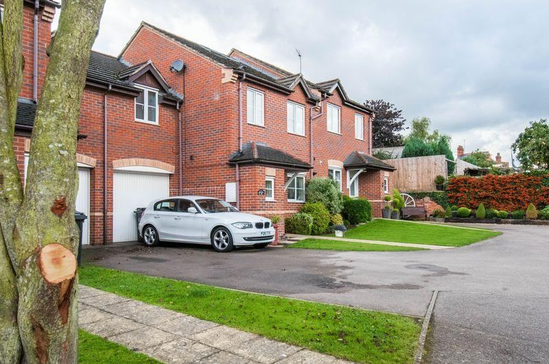 4 Bedrooms House for sale in Malthouse Close, Wellingborough
