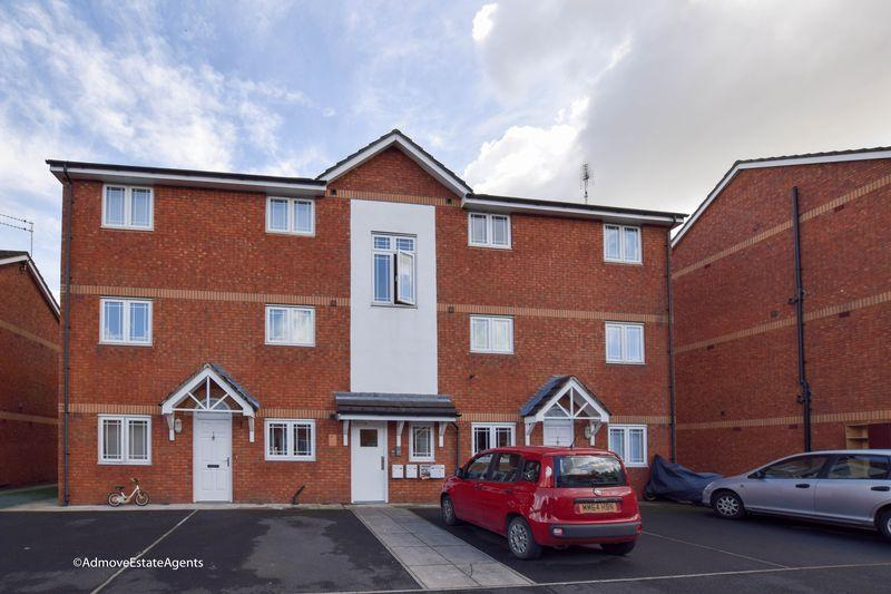 2 Bedrooms Apartment Flat for sale in Apple Blossom Grove, Cadishead, Manchester