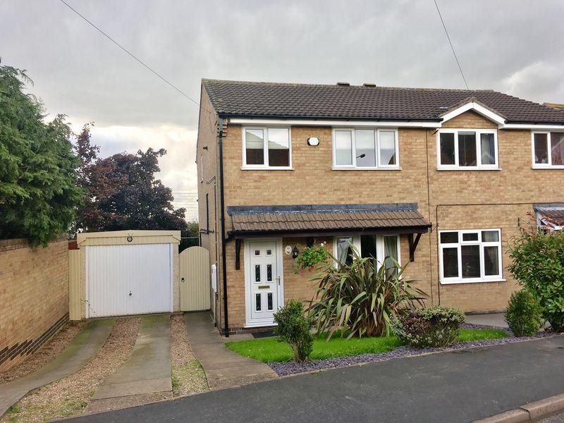 3 Bedrooms Semi Detached House for sale in Springwood Farm Road, Midway