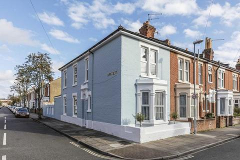 3 bedroom end of terrace house for sale - Kimberley Road, Southsea
