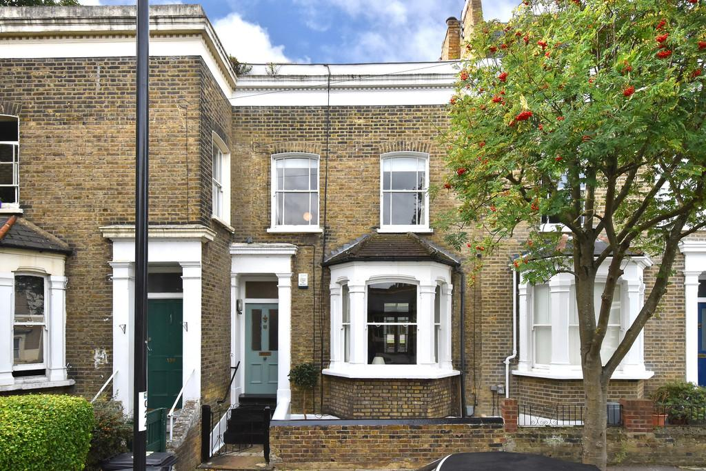 3 Bedrooms Terraced House for sale in Albyn Road SE8