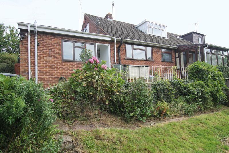 4 Bedrooms Semi Detached House for sale in Kingsthorne