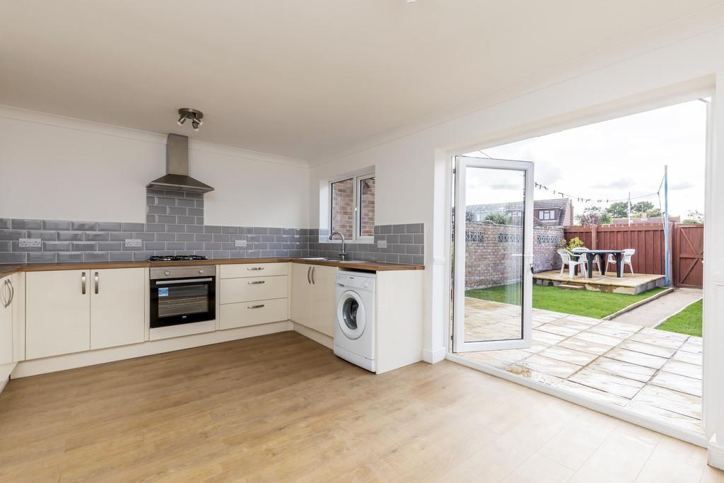 3 Bedrooms Terraced House for sale in Scott Close, Fareham