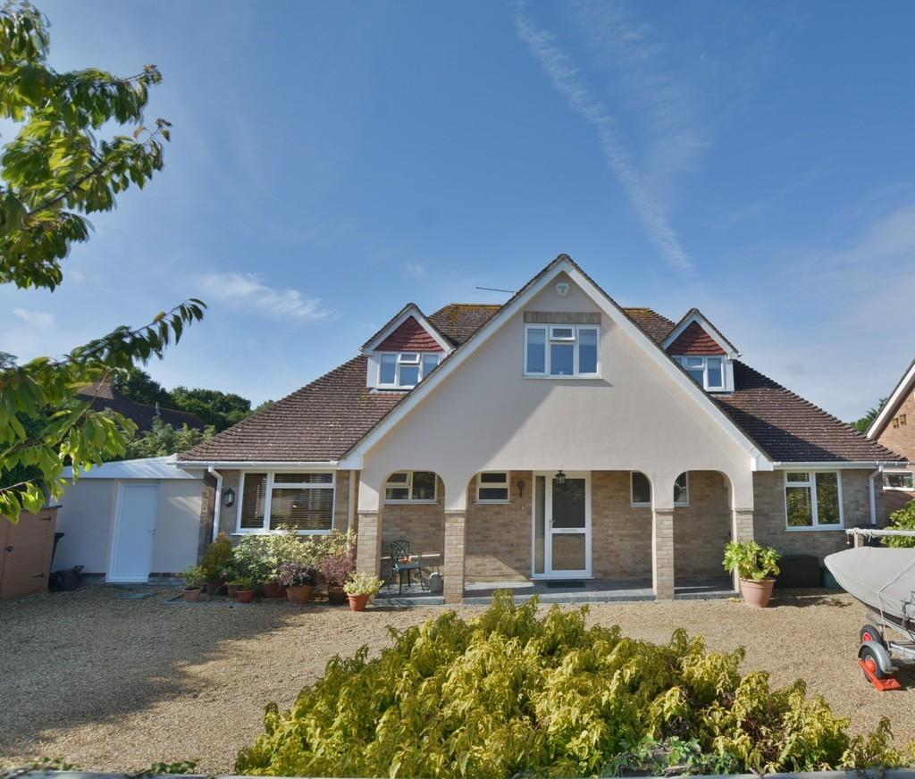 4 Bedrooms Chalet House for sale in Whitemoor, Holt, Wimborne