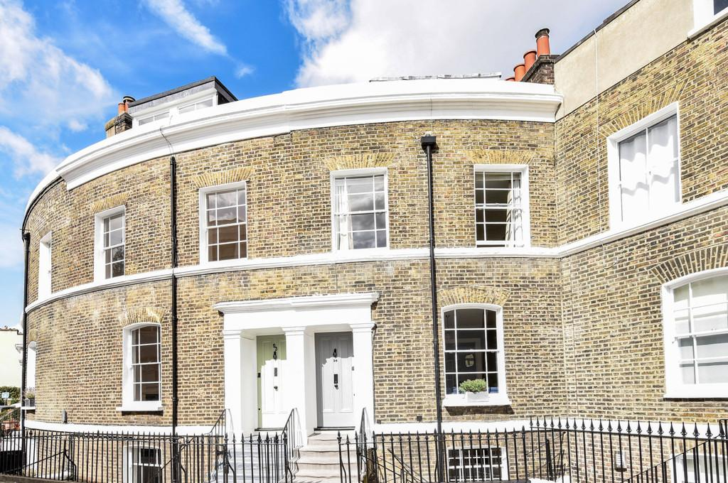 3 Bedrooms Terraced House for sale in Hanover Gardens, SE11
