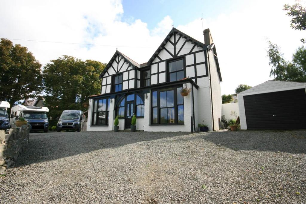 5 Bedrooms Detached House for sale in Fernbrook Road, Penmaenmawr, LL34 6EG