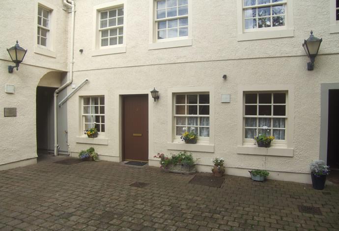 1 Bedroom Flat for sale in 3 Havannah Court, Kelso, TD5 7HX
