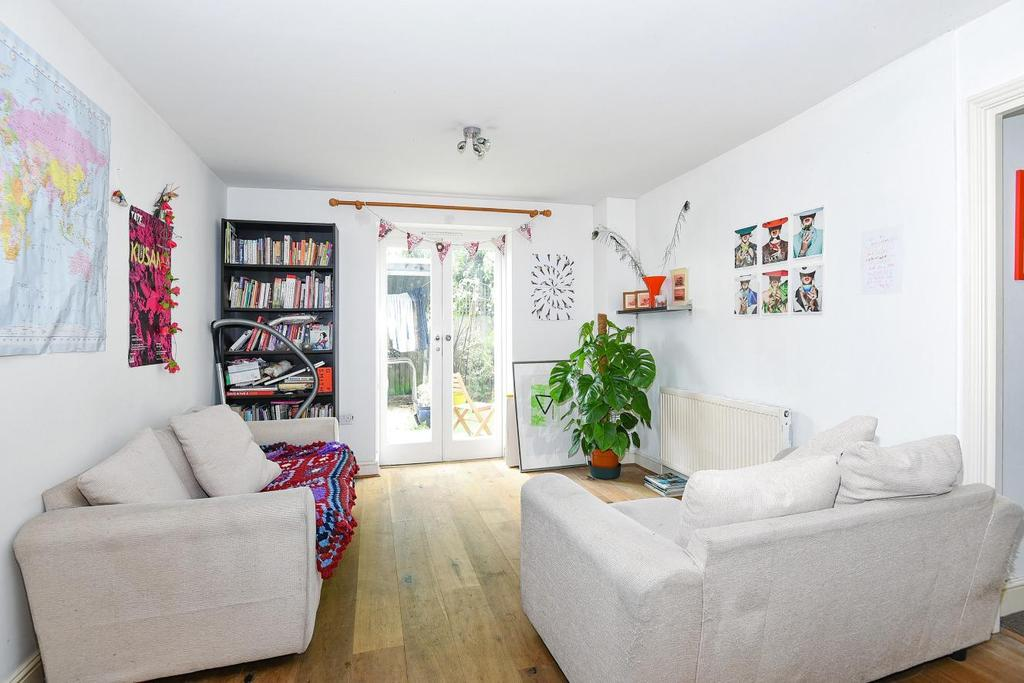 2 Bedrooms Flat for sale in Robson Road, West Norwood