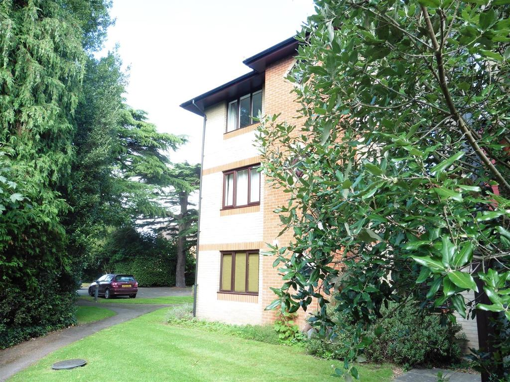 2 Bedrooms Apartment Flat for sale in Southcote Road, Reading