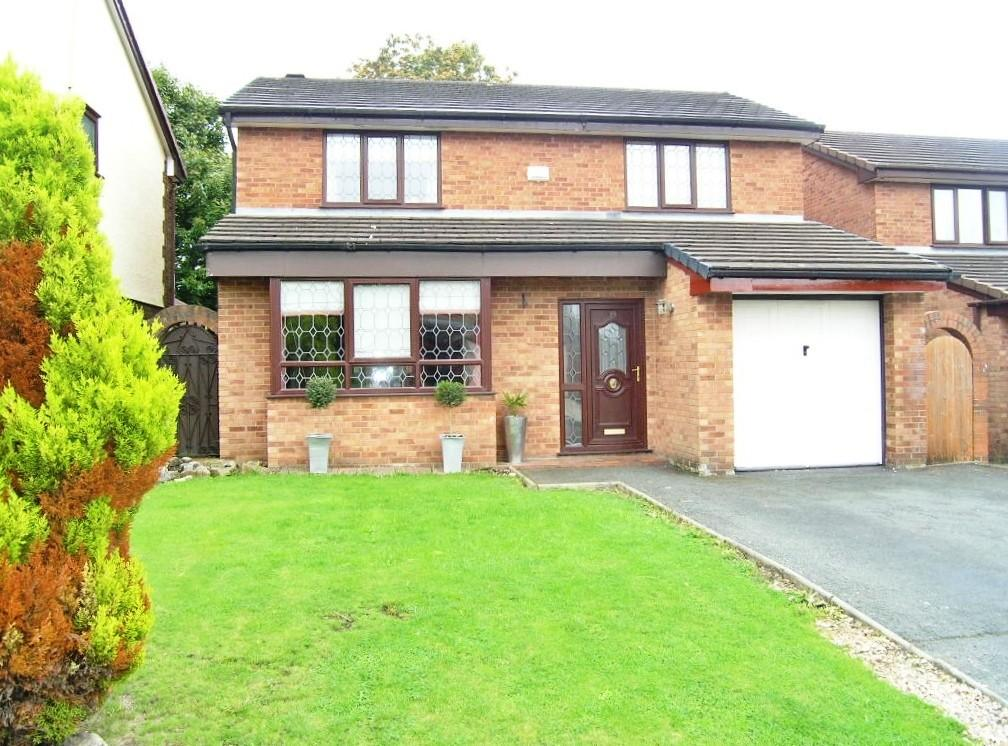 4 Bedrooms Detached House for sale in Redwood Close, Woolston, Warrington