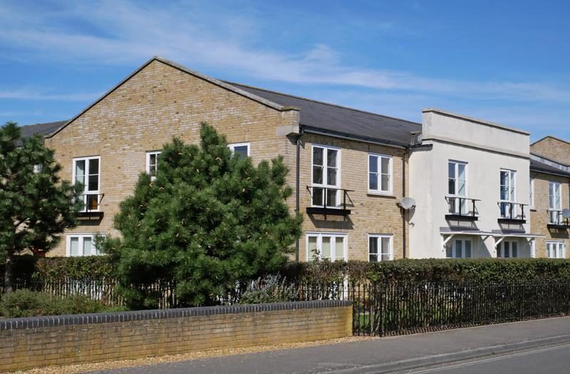 2 Bedrooms Apartment Flat for sale in Commodore Place, Weevil Lane, Gosport PO12