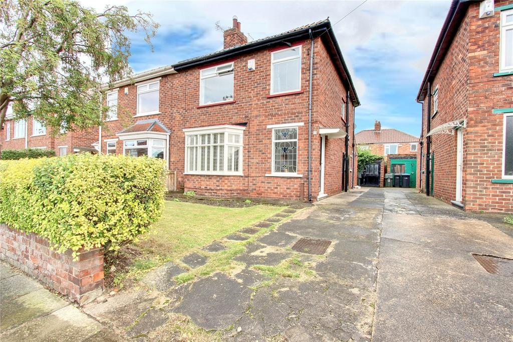 3 Bedrooms Semi Detached House for sale in Ambleside Grove, Acklam