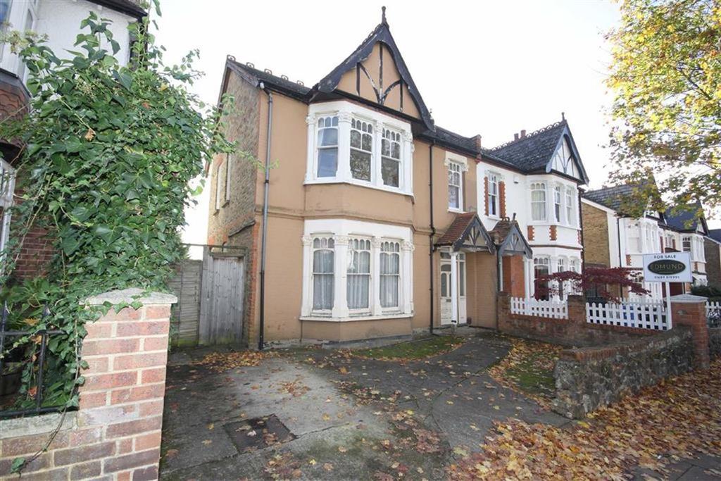 4 Bedrooms Semi Detached House for sale in Blenheim Road, Bickley