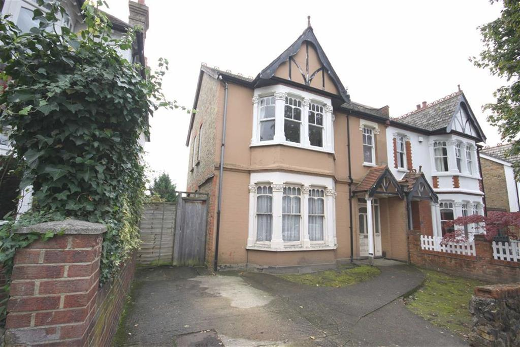 6 Bedrooms Semi Detached House for sale in Blenheim Road, Bickley