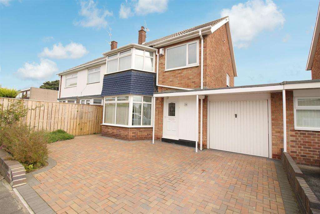 3 Bedrooms Semi Detached House for sale in Sandwich Road, North Shields