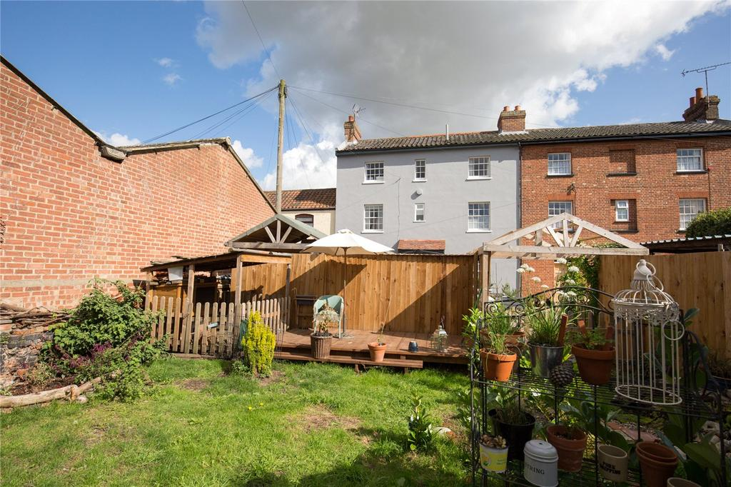 3 Bedrooms Terraced House for sale in The Terrace, North Walsham, Norfolk, NR28