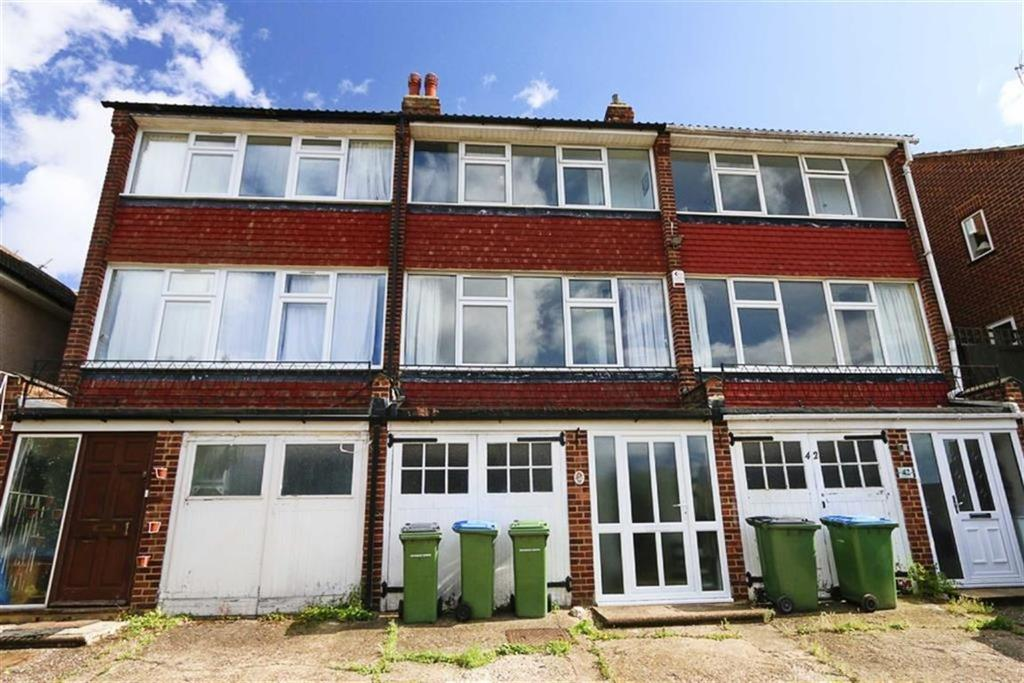 2 Bedrooms Town House for sale in Occupation Lane, Shooters Hill, London, SE18