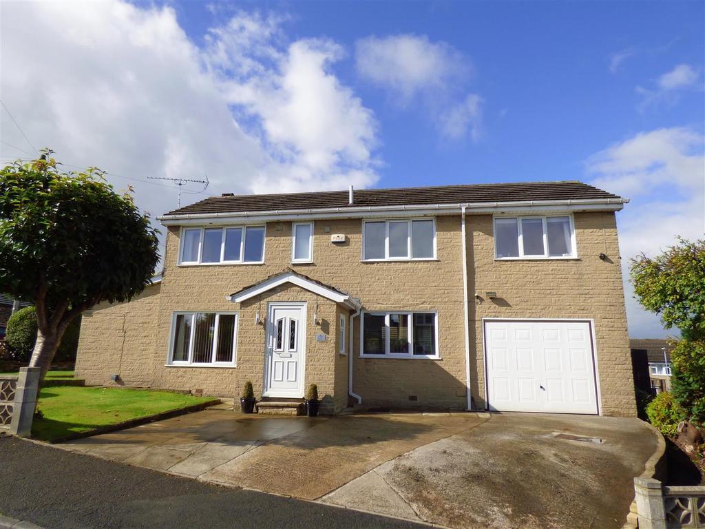 4 Bedrooms Detached House for sale in Ing Field, Oakenshaw, Bradford