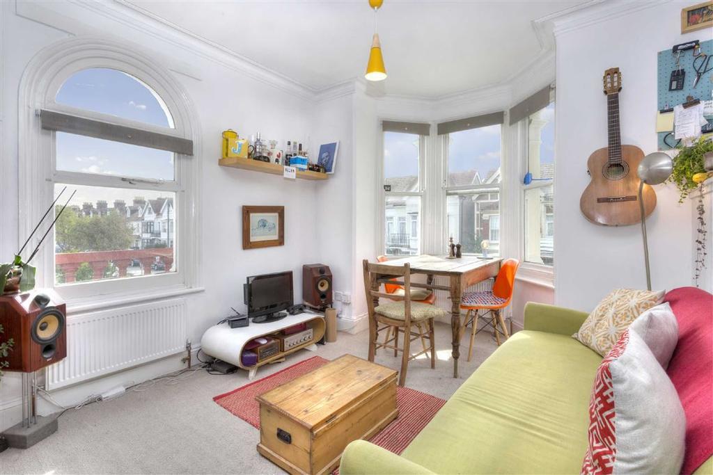 1 Bedroom Flat for sale in 46 St Andrews Road, Portslade