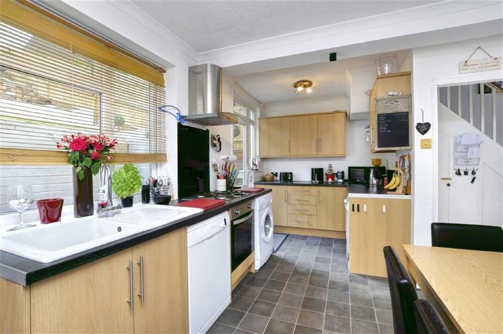 4 Bedrooms Terraced House for sale in Dudley Road, Brighton