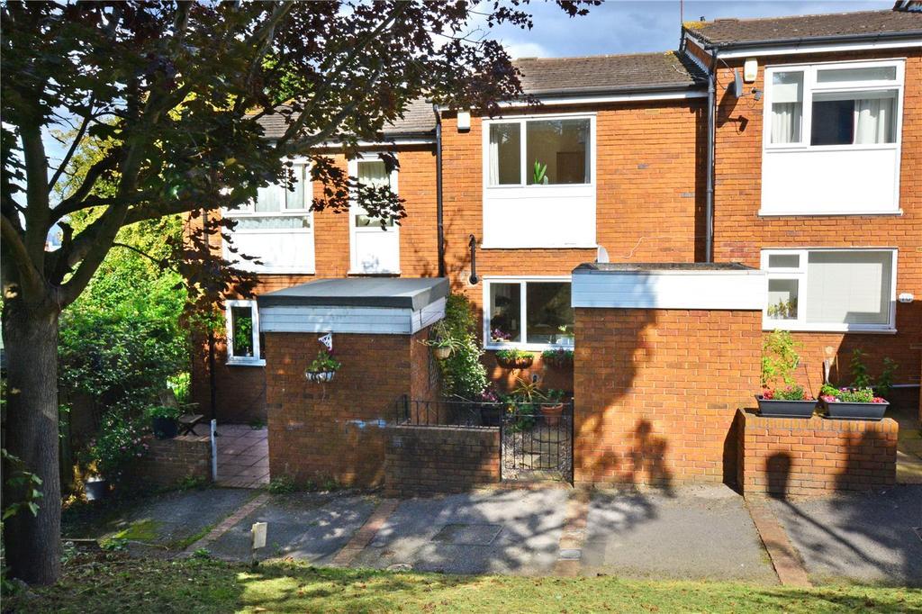 2 Bedrooms Terraced House for sale in Webb Road, Blackheath, London, SE3