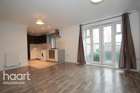 2 bedroom flat to rent - St Marks Place, Dagenham, RM10
