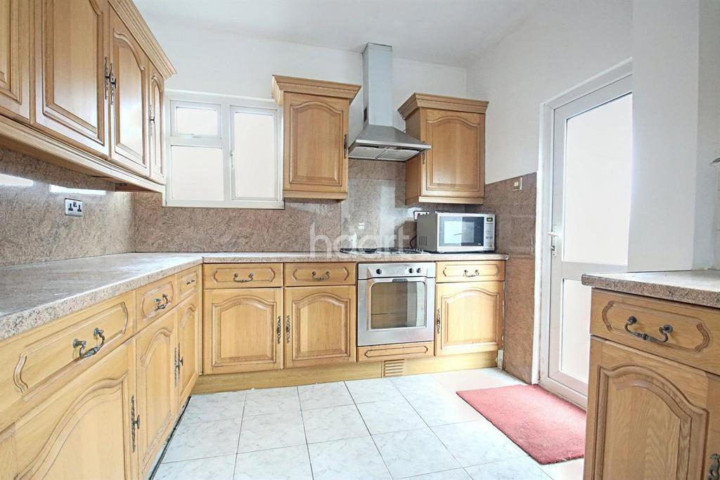 4 Bedrooms Semi Detached House for sale in Beulah Hill, Upper Norwood, SE19