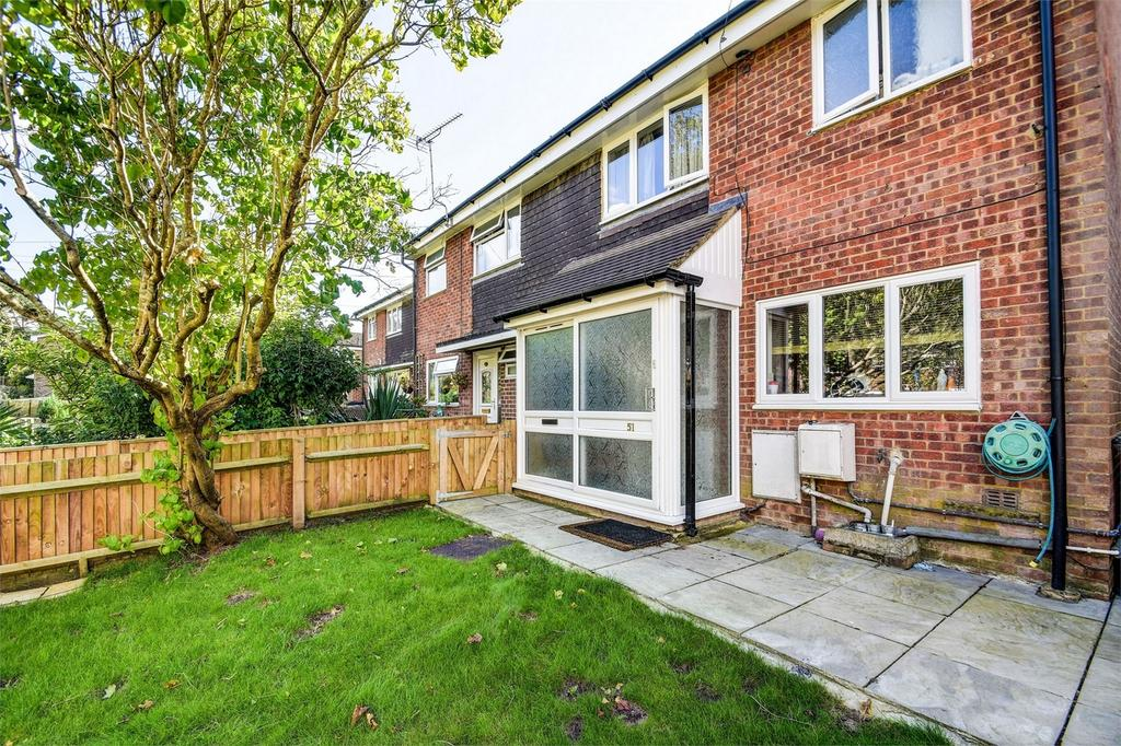 3 Bedrooms End Of Terrace House for sale in Maple Way, Headley Down