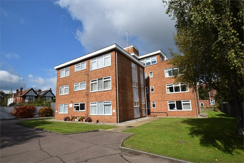 2 Bedrooms Flat for sale in Furness Road, West Town Centre, East Sussex