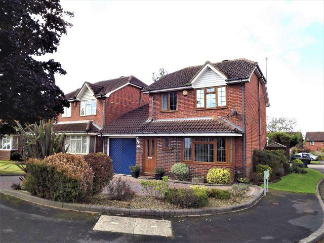 3 Bedrooms Detached House for sale in Marshmont Way,New Oscott,Birmingham