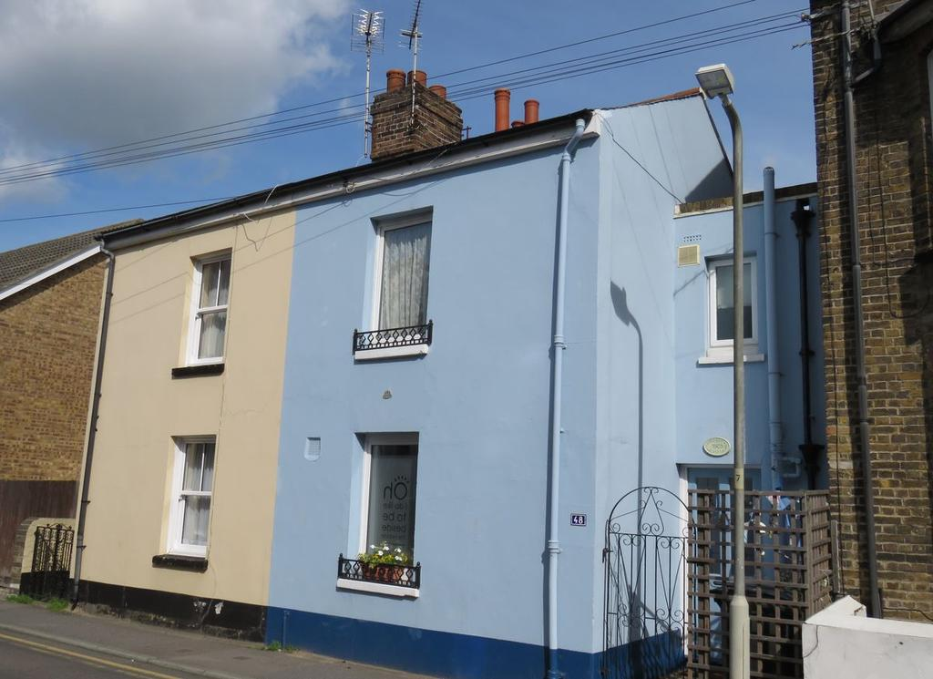 2 Bedrooms Cottage House for sale in Blenheim Road, Deal