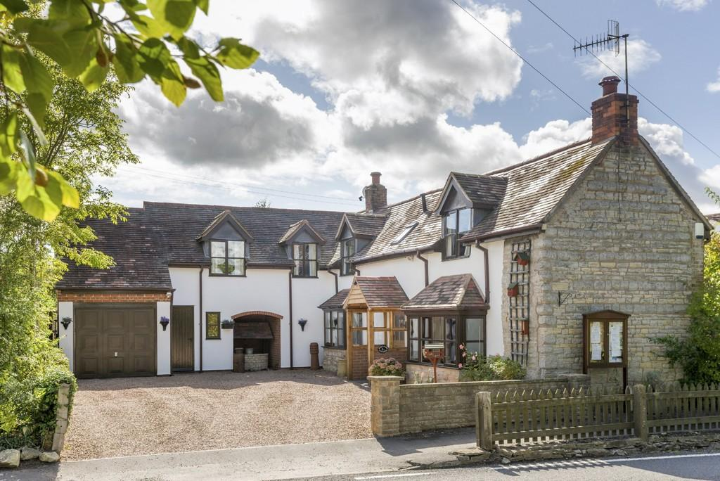 4 Bedrooms Cottage House for sale in Wixford, Alcester