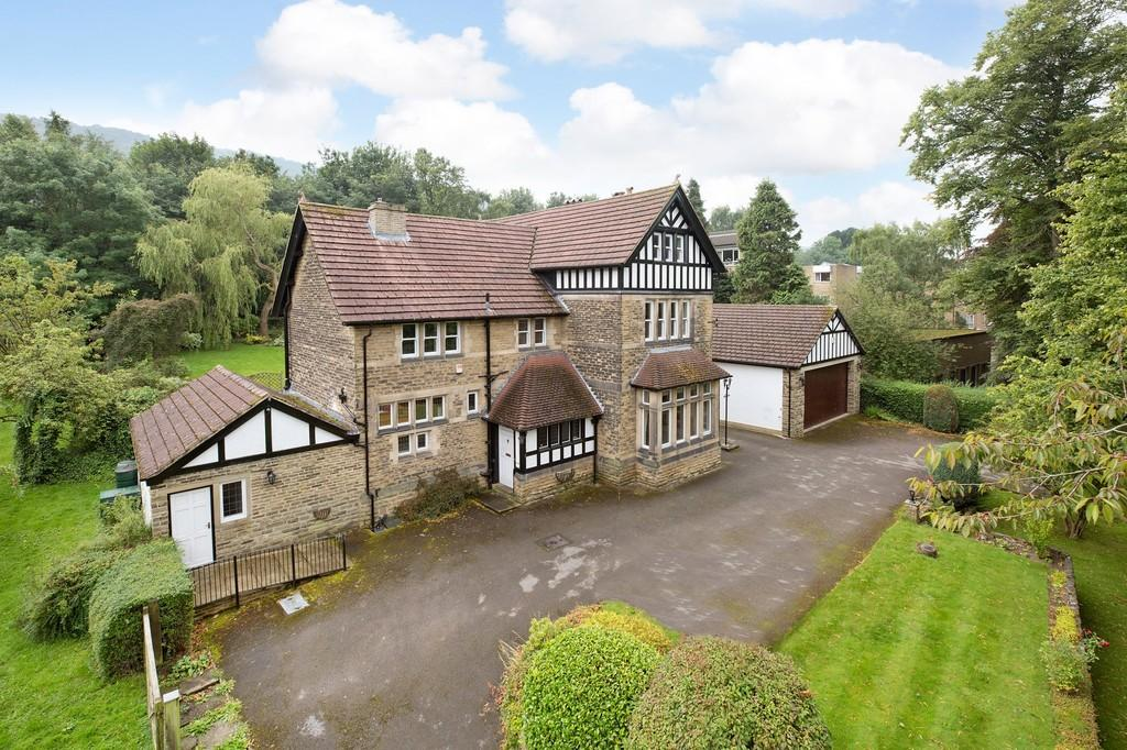 5 Bedrooms Detached House for sale in Bradford Road, Otley