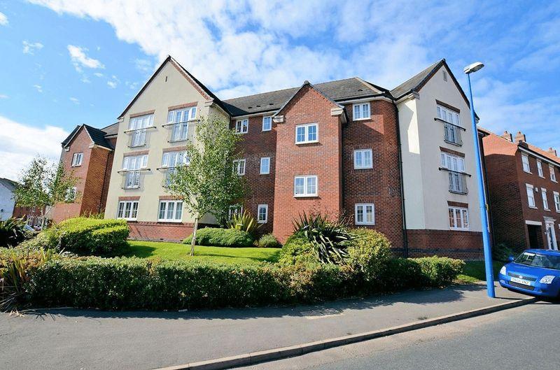 2 Bedrooms Ground Flat for sale in Carnegie Road, Rowley Regis