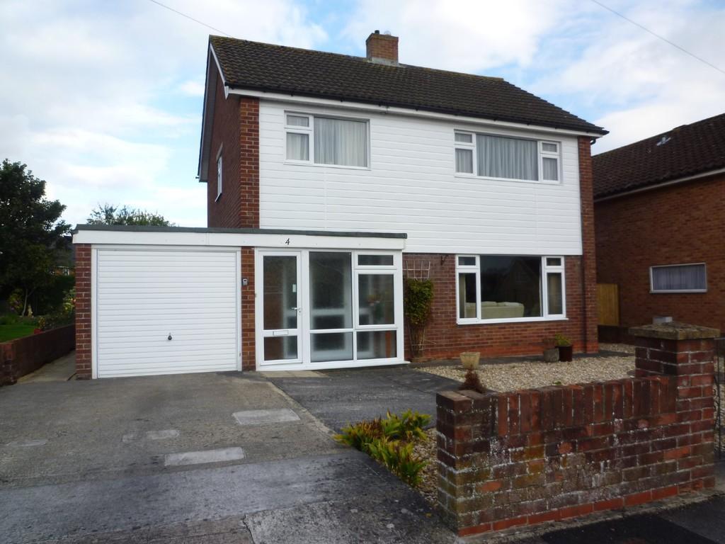 3 Bedrooms Detached House for sale in Trowbridge, Wiltshire