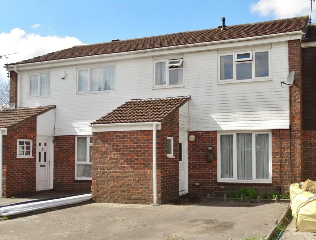 3 Bedrooms Terraced House for sale in Bewbush, Crawley, RH11