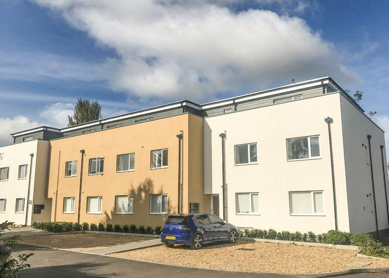 2 Bedrooms Apartment Flat for sale in Letcombe House, Grove