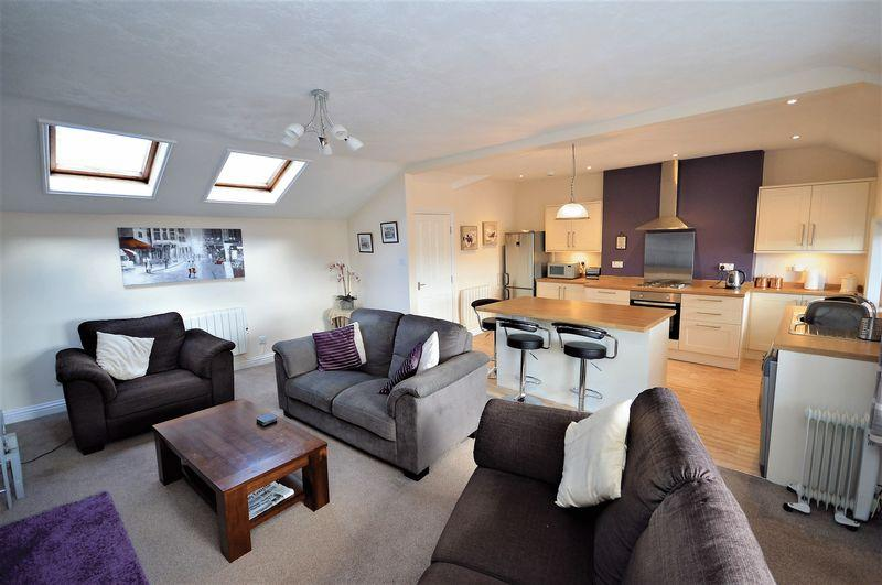 2 Bedrooms Apartment Flat for sale in Upgang Lane, Whitby