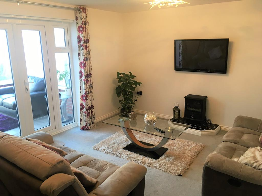 3 Bedrooms Town House for sale in Hexham Avenue, Bourne, PE10